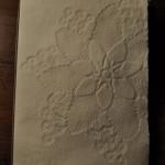 Carnet aquarelle couverture embossée dentelle