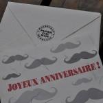 Carte Joyeux anniversaire modèle moustache