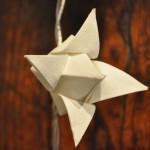 Guirlande électrique origami bouton de lotus blanc - détail