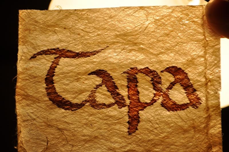 Calligraphie sur Tapa de Tonga