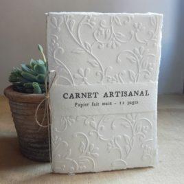 Carnet embossé Motif floral