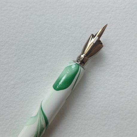 Porte-plume vert