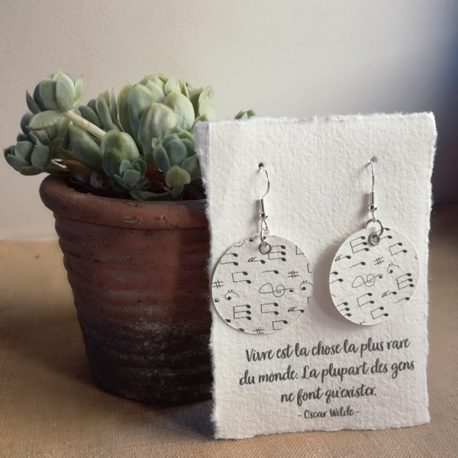 Boucles d'oreilles en papier notes de musique