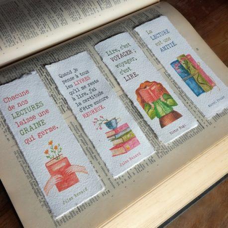 Marque-pages en papier fait main sur la lecture et les livres
